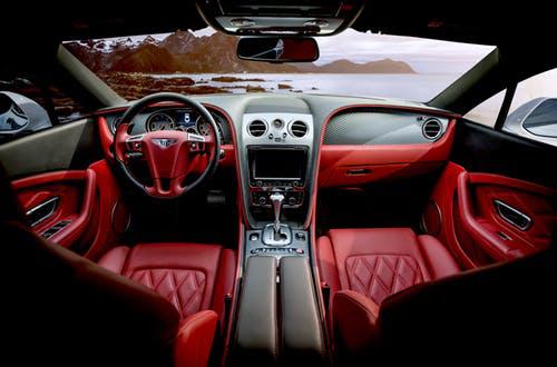Ferrari 458 Italia interior